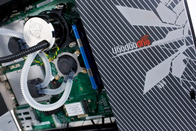 Let's Crack Open The HP Firebird 803 And Feast On Its Insides