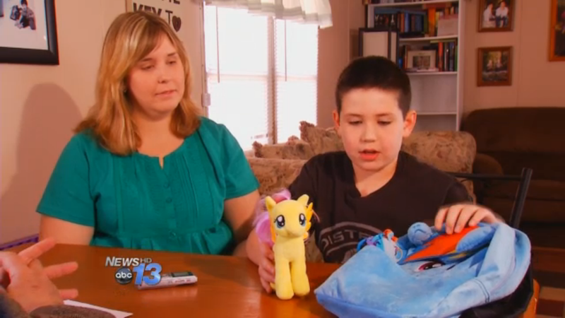 Boy's My Little Pony Lunchbox Is a 'Trigger for Bullying,' Says School