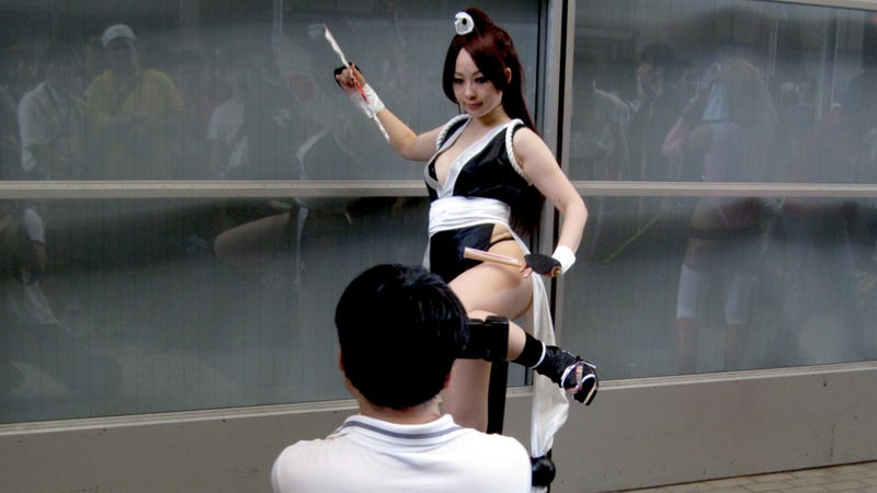 It's Hard Work Shooting Mai Shiranui's Butt