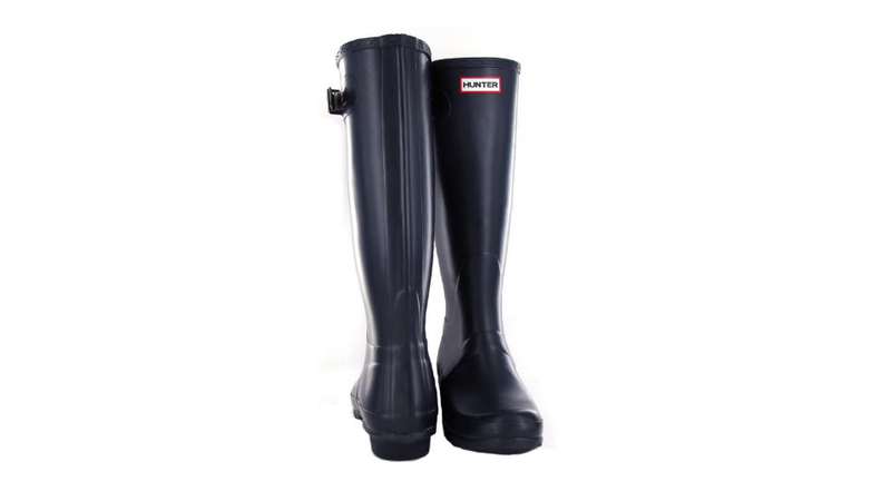 Keep Your Feet Dry Year-Round With Stalwart Hunter Boots
