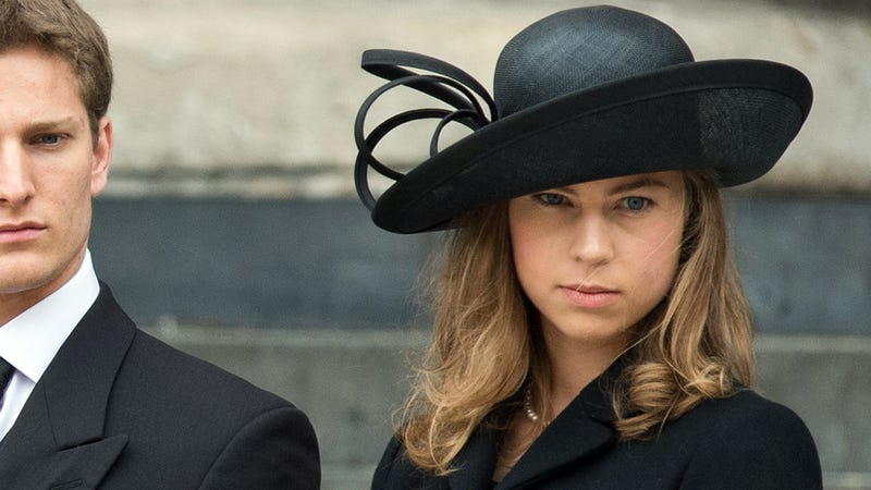 Margaret Thatcher's Hottie Granddaughter Stole the Show at Her Funeral; Howyoudoin' Amanda?