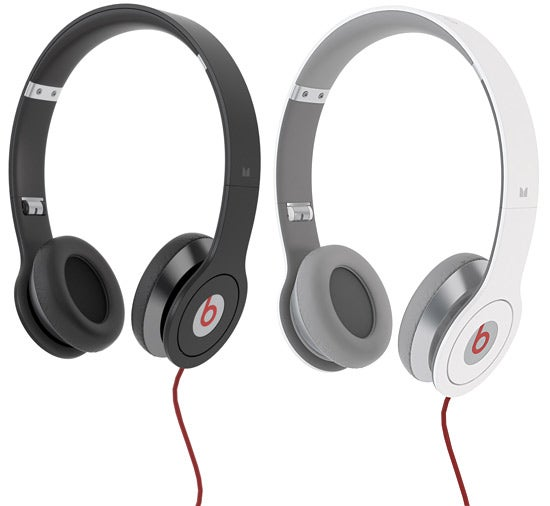 Dr. Dre Beats Solo Headphones Bring The Same Big Sound In a Smaller, Cheaper Package