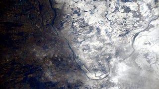 Így néz ki Magyarország az űrből – de miért ilyen fura?