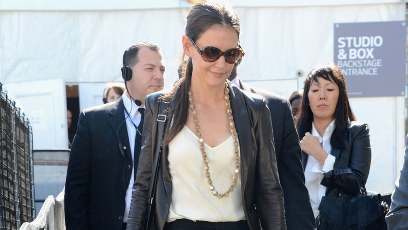 "Katie Holmes Wants You, Woman, To Look ""Skinny And Hot"""