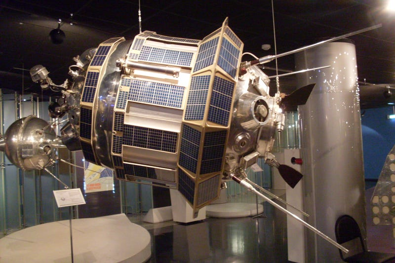 That Time The CIA Kidnapped A Soviet Spacecraft