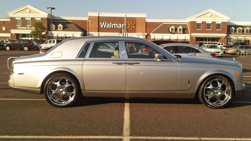 This is why people at Walmart think Rolls-Royce drivers are asshats