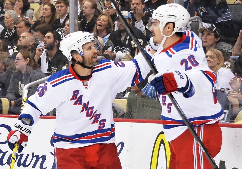 Martin St. Louis Plays After Mother's Death