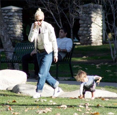 Gwen Stefani Keeps Up With Kingston