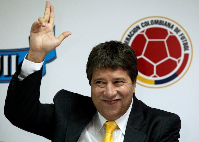 Colombian National Soccer Coach Sorry For Punching Female Fan In The Face
