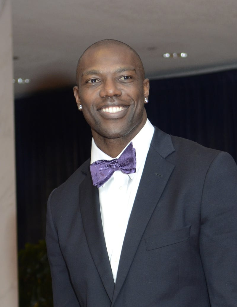 "What's Terrell Owens Up To These Days? It Involves The Phrase ""I Hope You Like Anchovies, Shrimp!"""