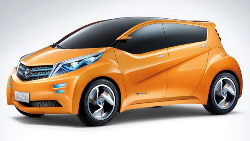 Dongfeng And Nissan's Electro-Orange VIWA Concept Aims For Less Smog