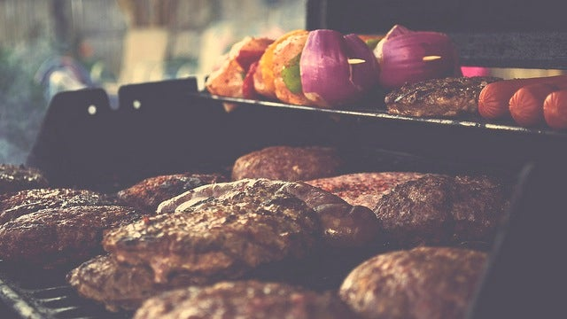 Cut the Calories and Serve Healthier Hamburgers this Summer by Making Your Own Patties