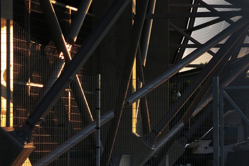 Mit gondoltok, az RTL Klub vagy a TV2 fog hirdetni a Fradi-stadionban?