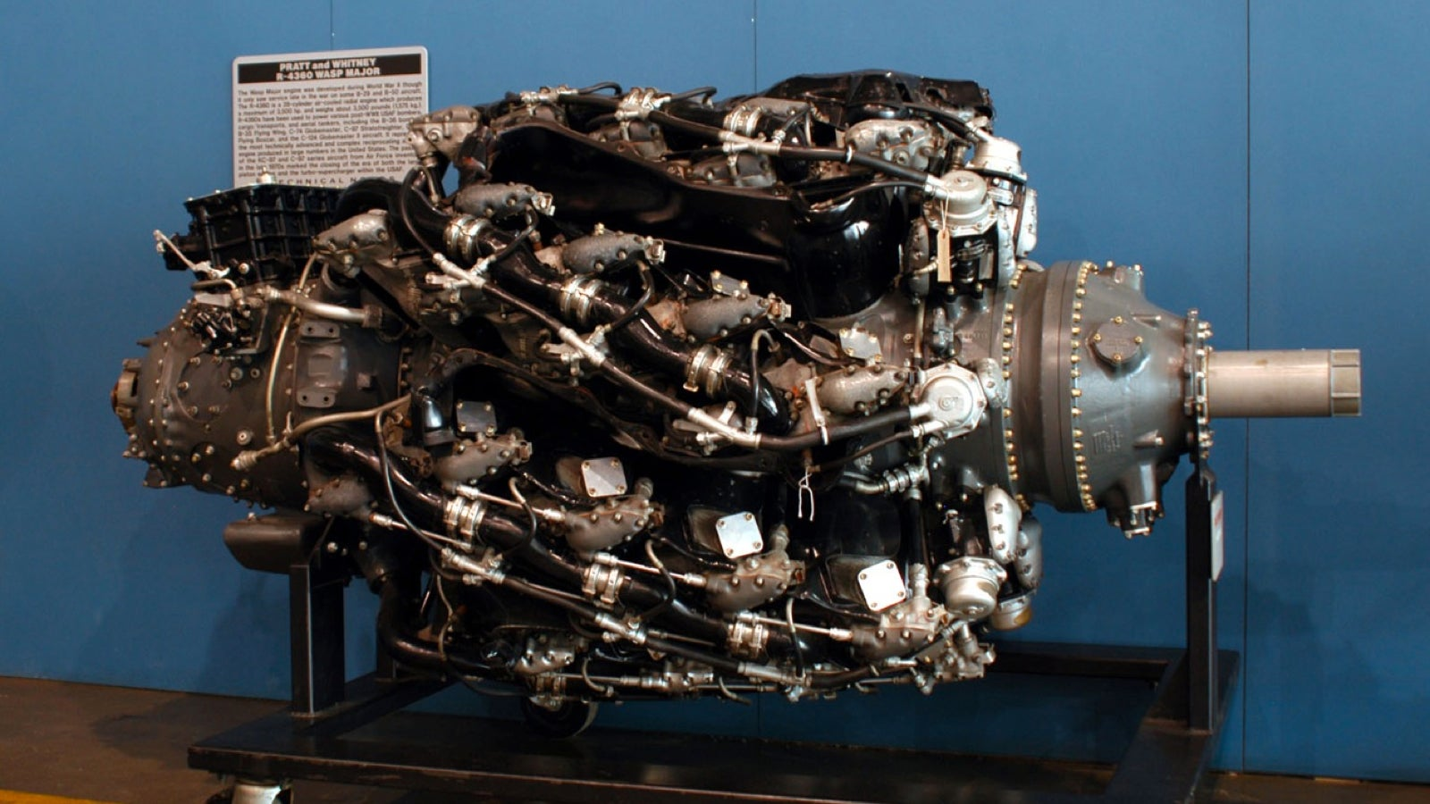 42 cylinder radial engine pictures to pin on pinterest pinsdaddy. Black Bedroom Furniture Sets. Home Design Ideas
