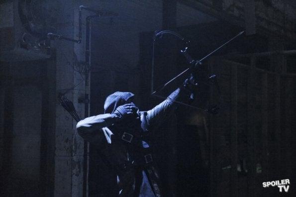 Arrow - 1.09 Promo Photos