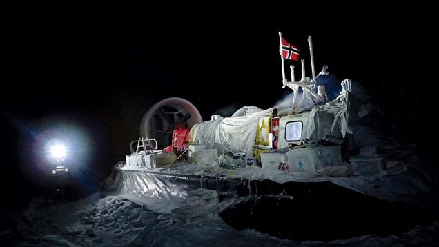 Daring Scientists Are Spending Six Months Adrift on an Arctic Ice Floe