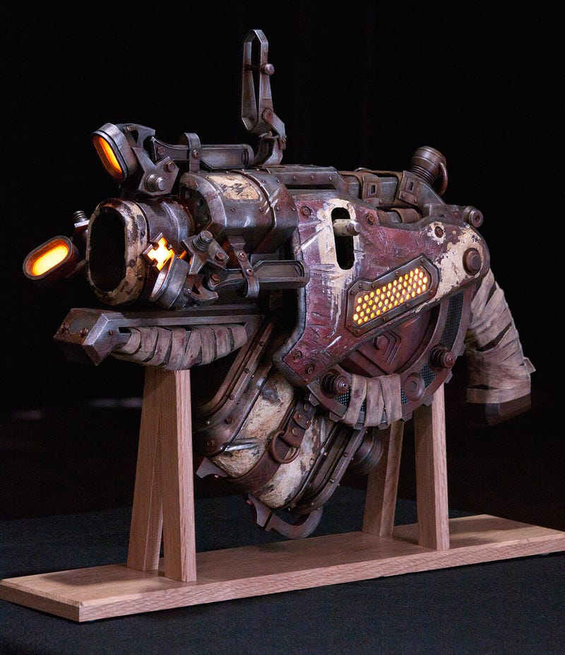 This Gears of War Gun is Terrifyingly Real