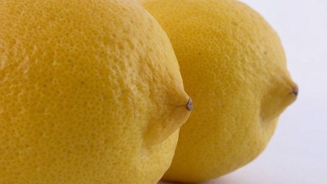 Why You Should Pack a Lemon in Your Lunch Bag