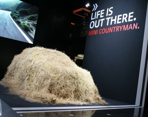 MINI Countryman Dons Ghillie Suit, Sniping Chinese Hipsters