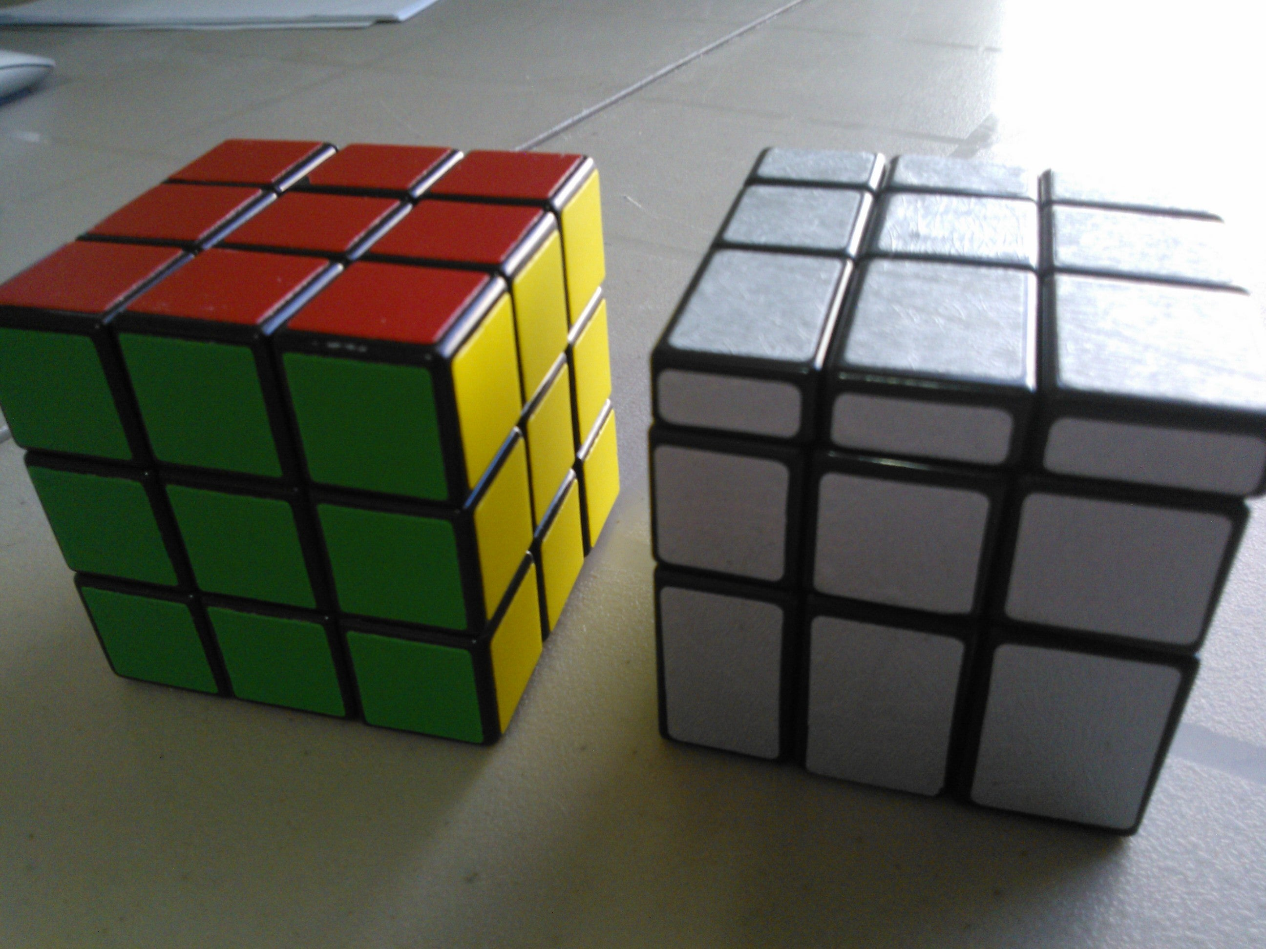 Common patterns in the rubik 39 s mirror cube for Mirror rubik s cube