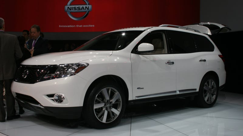 2014 Nissan Pathfinder Hybrid Kisses Ruggedness Goodbye Once And For All