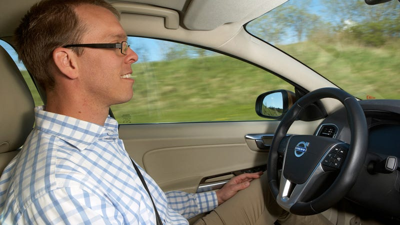 Future Volvos Will Drive Themselves in Slow Moving Traffic Jams