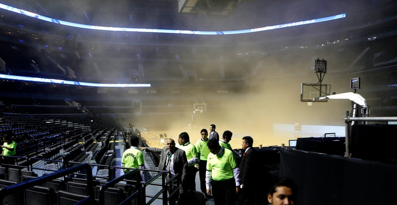 Mexico City Smoke-Out Only Second Strangest Delay In Spurs History