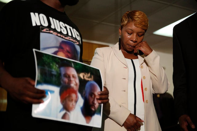 "Eyewitness: Michael Brown Pleaded ""I Don't Have a Gun, Stop Shooting!"""