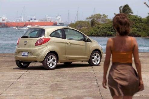 Quantum of Solace Set Pics Reveal 2009 Ford Ka, Bond Girl