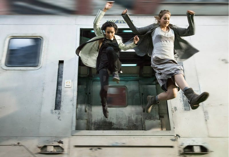 All the Signs that Divergent Might Be Your Next Dystopian Joyride