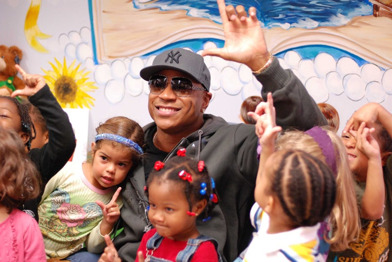 LL Cool J's Posse Throws Up Gang Signs