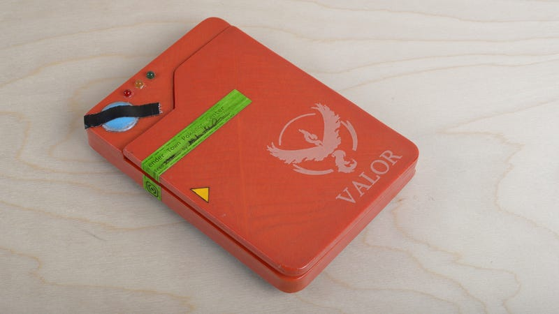 This DIY Pokedex Battery Case Is the Pokémon Go Accessory You Have Been Waiting For