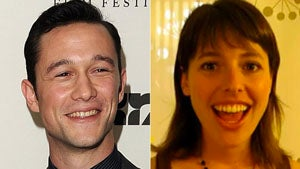 Rumor Has It Your Boyfriend Joseph Gordon-Levitt Is Using ScarJo As A Beard