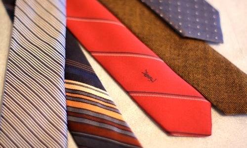 Re-Tailor Old Ties into Skinny Ties