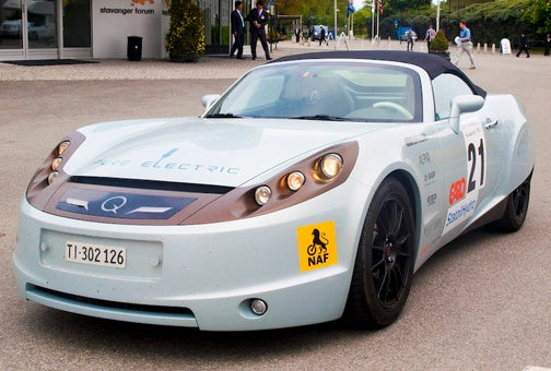 Driving the $1.4 Million Protoscar Lampo Solar-Powered Electric Roadster
