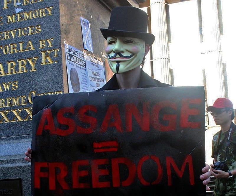 FBI Raids Dozens In Pro-Wikileaks Hacktivist Investigation