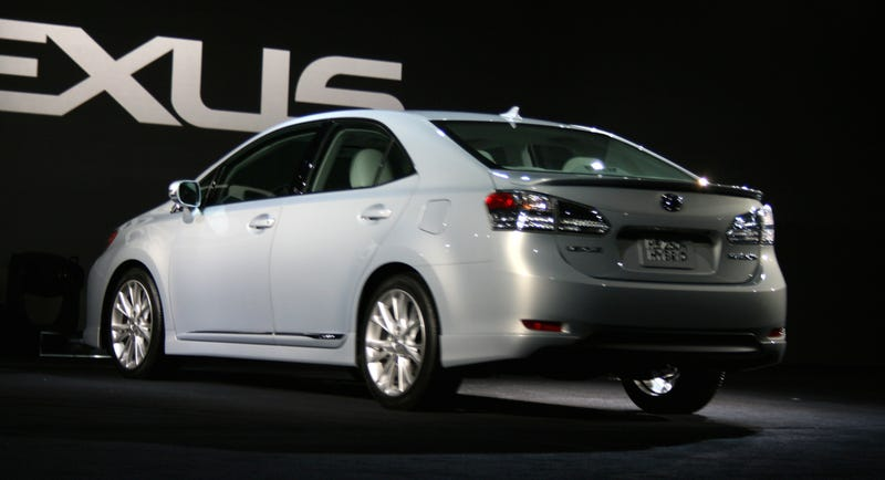 Lexus HS 250h: A Prius For The Country Club