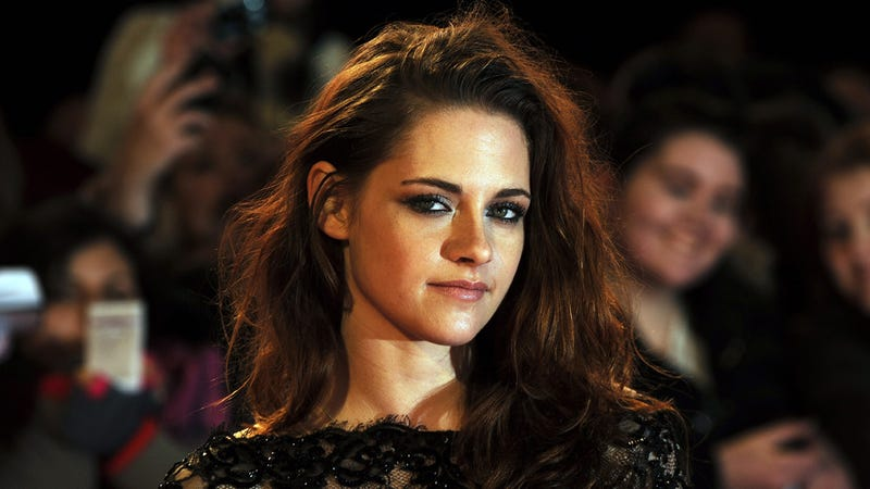 Kristen Stewart Finally Apologizes to the People of the World for 'Making Them So Angry'
