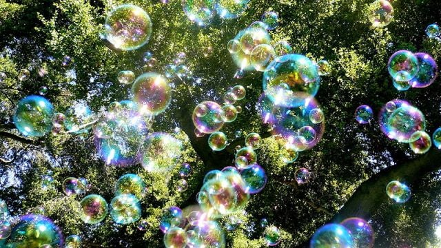 The chemical that links soap bubbles to explosions