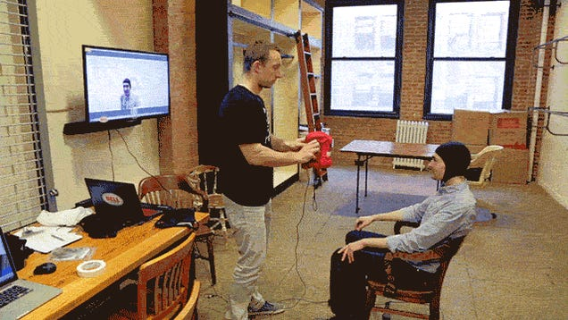 Trying Out a 3D-Scanner That Makes Helmets Custom-Molded to Your Head