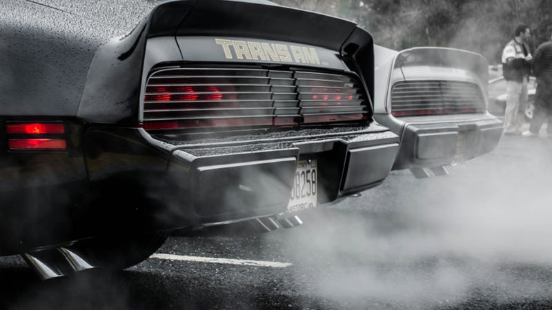 Your Ridiculously Awesome Pontiac Firebird Wallpaper Is Here