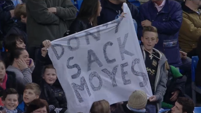 Manchester City Fans Want David Moyes To Stay At United