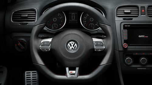 Volkswagen Launches New Car Through iPhone Game
