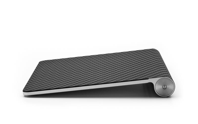 Daily Desired: Make Your Apple Products Shimmer Like Carbon Fiber
