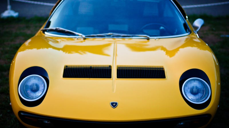 Your Ridiculously Awesome Lamborghini Miura Wallpaper Is Here