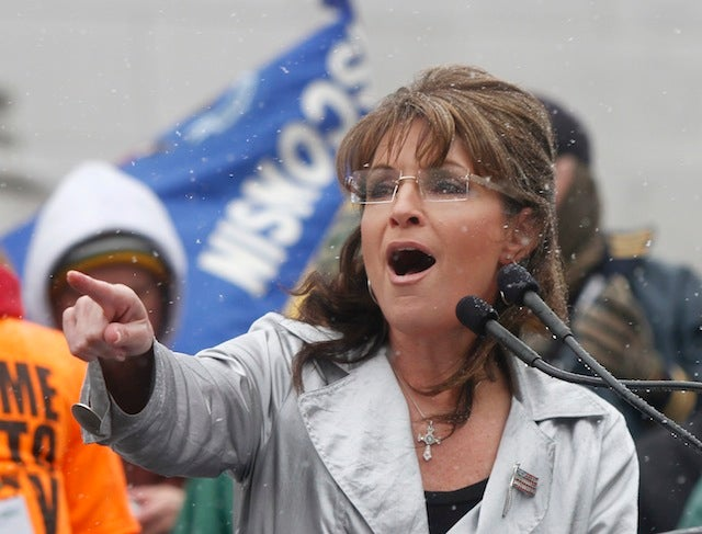 "Sarah Palin Wants The GOP To ""Fight Like A Girl"""