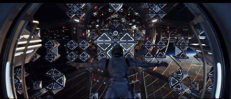 I spy Flash Pistols in Ender's Game Battle Room