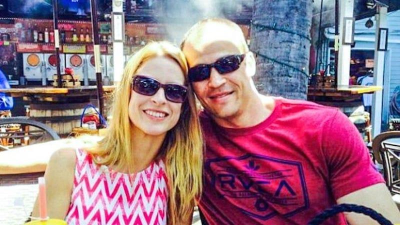 100 People Watch as Man Kills Ex-Wife, New Boyfriend at School Reunion