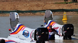 The Australian Formula Powerboats were back in action at Lake Albert this weekend.