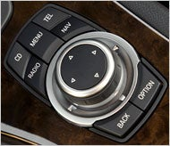 BMW iDrive 4.0 Remixes Xbox 360 and iPod into Simpler Control System